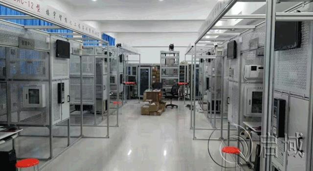 机械防护栏